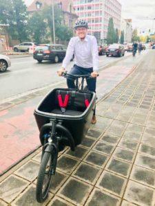 Marcus König CSU auf Lastenrad Douze Cycles von Schmidt Pedelec